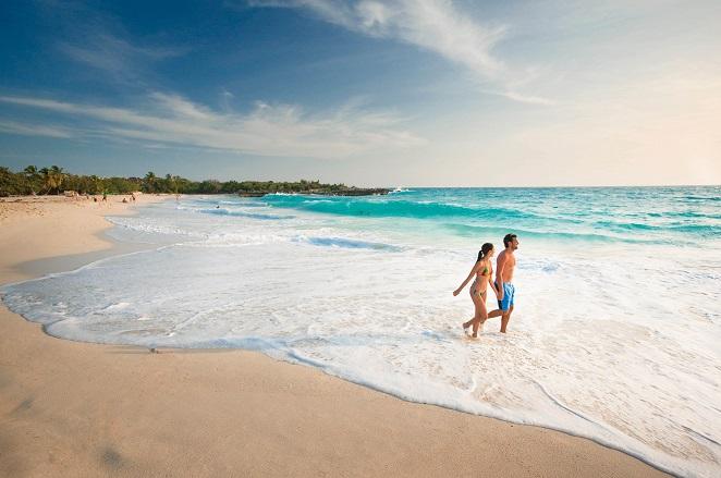 Relax op één van de in totaal 37 stranden