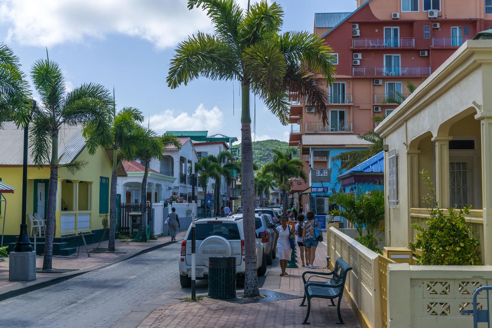 Maak een tour over het kleinste eiland ter wereld dat verdeeld is over twee landen